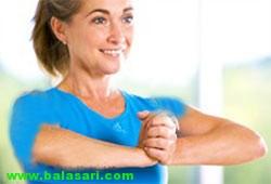 بزرگ کردن سینه با ورزش فشار دادن کف دست