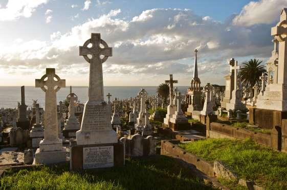 قشنگترین وچشم نوازترین قبرستانهای جهان را اینجا ببینید!