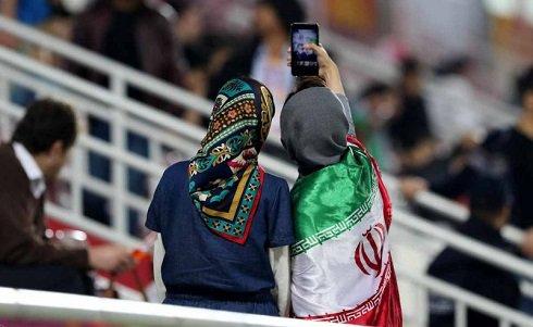 عکس سلفی دختران ایرانی در قطر