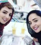نرگس محمدی و خواهرش در حال خوردن ساندویچ + عکس