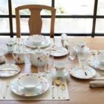 چیدمان میز صبحانه برای یک پذیرایی شیک