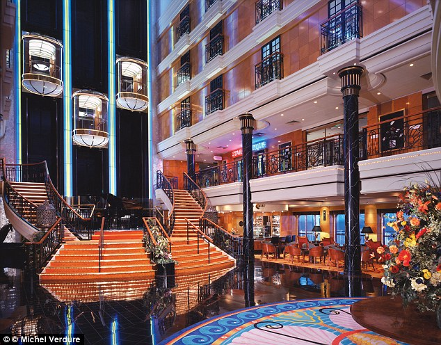 310DA62400000578-3440320-Norwegian_Spirit_has_11_restaurants_eight_bars_and_several_loung-a-8_1455192368736